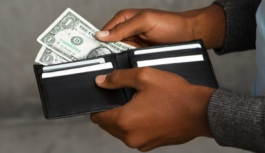 3 Tips for Managing Your Finances While Overcoming An Addiction