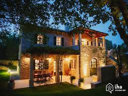 Get Your Luxury Property Out There For the World To See