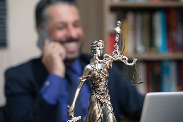 When Do I Need A Criminal Defense Attorney
